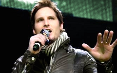 Peter Facinelli Latest Images